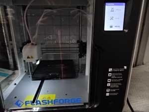FLASHFORGE フラッシュフォージの3Dプリンター 動作確認